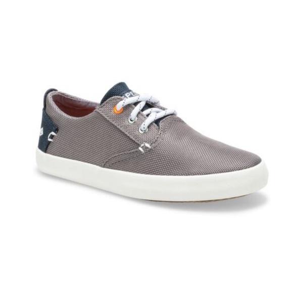Boys Sperry Bodie Sneaker Grey size 4